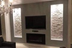 Wand op maat met haard, TV en 2 nissen
